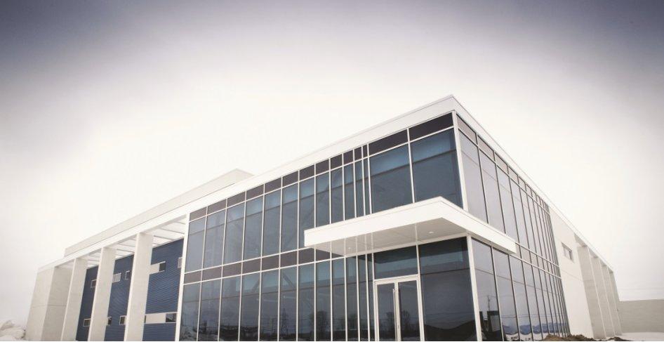 L'usine Sterinova ouvre ses portes à Saint-Hyacinthe